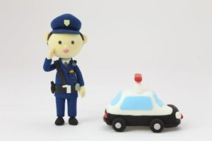 バイク事故を通報! 警察官に敬礼してもらいスカッとした!