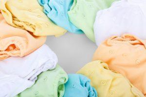 トメの箪笥と干してる下着を全て撤収してその紙おむつ入れて帰って来た。